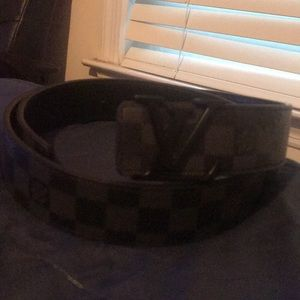 Louis Vuitton Belt / Size 44|110
